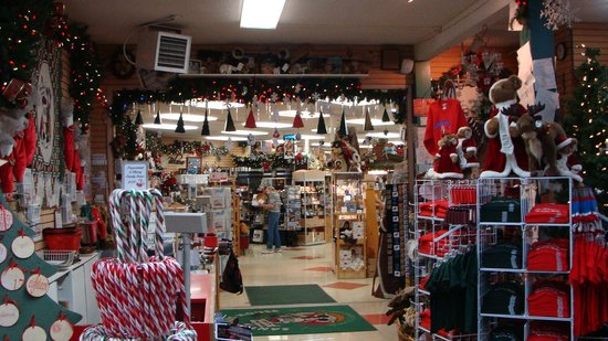 Santa Claus House: Inside Santas House