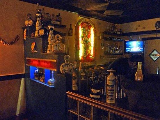 New Rebozo Mexican Restaurant: bar corner