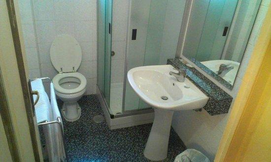 Ascot : Bath room