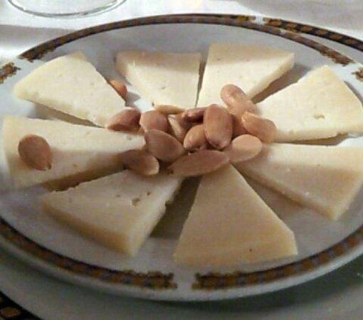 Restaurante Asador La Parrilla: Entrante de queso