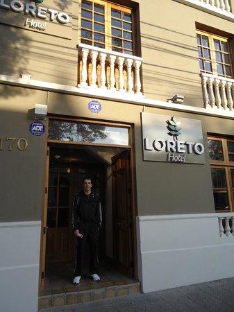Hotel Loreto: Frente do hotel