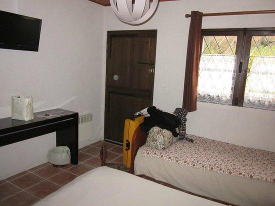Auberge Forestiere De Marcheroux : inside room