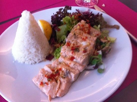 Papaya : saumon a l étouffée et riz au jasmin