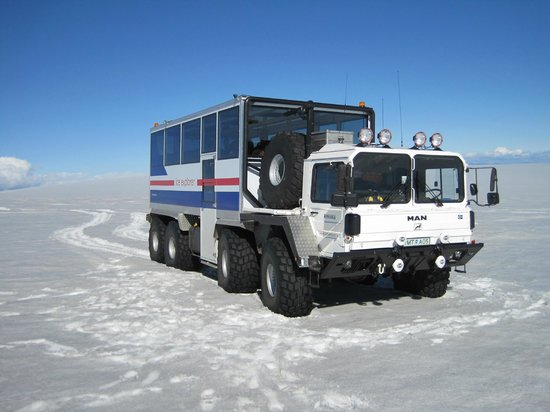 The Ice Explorer - Day Tours