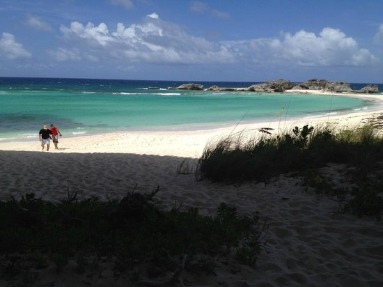Downtown Providenciales: Deserted beach on Middle Caicos coming back from caves