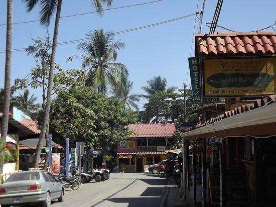 El Sano Banano Restaurant: Location