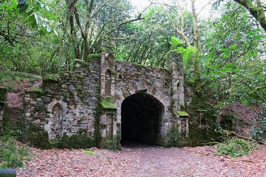 The Towers: Tunnel / gate in the woods