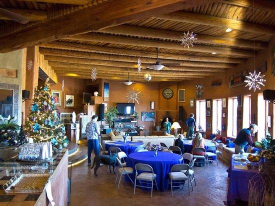Arrow's Ridge : spacious dining area