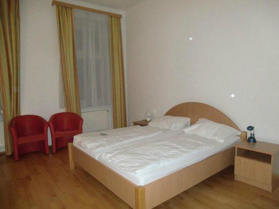 Suite Hotel 200m zum Prater: Camera doppia