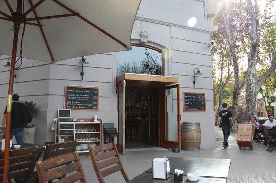 Salvador Grill Bar
