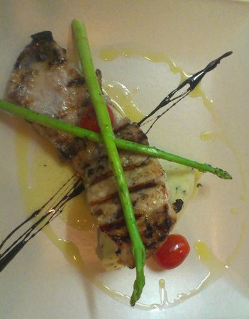 Casa Cucina : Grilled flounder with asparagus and potato