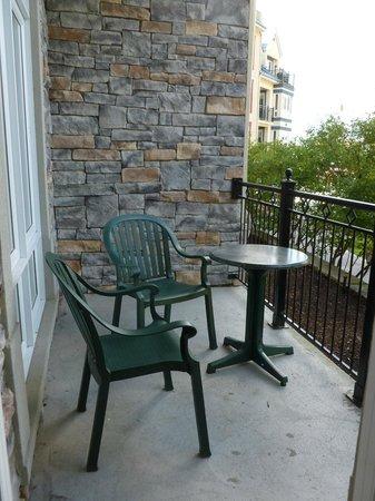 Le Sommet des Neiges: Private balcony
