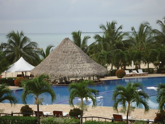 The Placencia Hotel and Residences: pool area