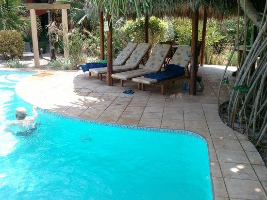 pool at Hotel Cantarana