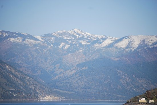 Campbell's Resort on Lake Chelan: View of snowy mountains from my room