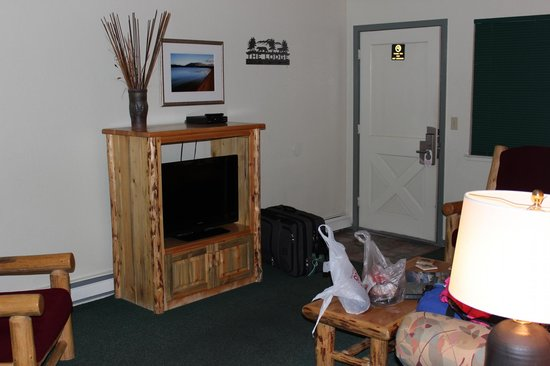 The Lodge at Lake Tahoe: Living room