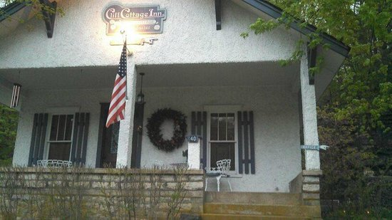 Cliff Cottage Inn - Luxury B&B Suites & Historic Cottages: Beautiful!