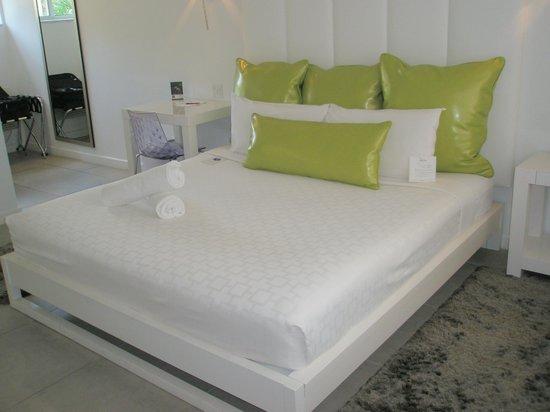 Royal Palms Resort & Spa: Bed