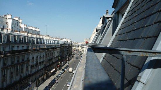 Hotel des Arenes : Dia de sol em Paris