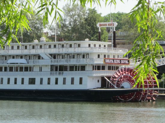 Delta King: Paddle Wheel River Boat