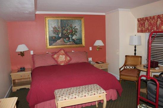 Best Western Plus Elm House Inn: Bedroom