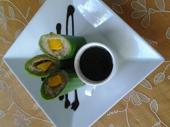 Nurture Wellness Village: Suman with mangga and choco tableas. Must try when staying here.