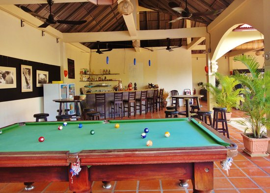 Lotus Villa: Poolside Lounge and Billiards