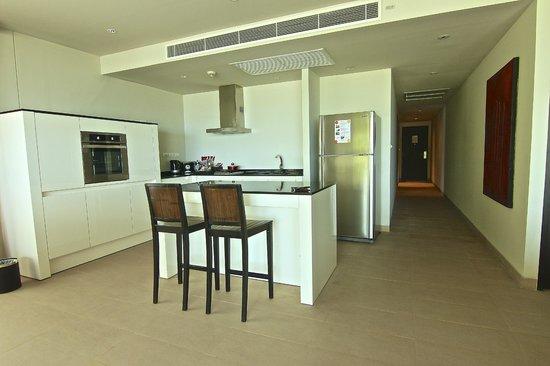 Serenity Resort & Residences Phuket : Kitchen