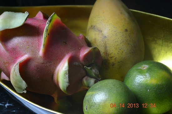 """Movenpick Hotel Hanoi: Welcome fruits, you can get """"welcomed"""" every day, just ask for it"""