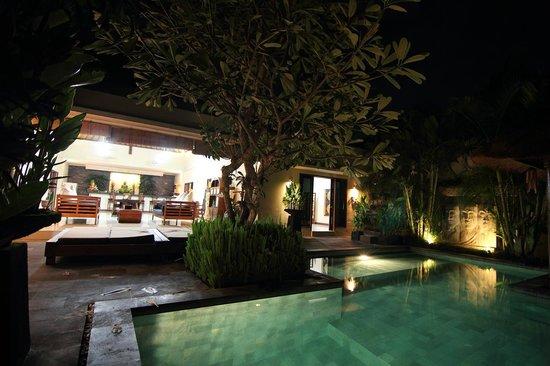 6 Bedroom Picture Of Villa Besar Kerobokan Tripadvisor