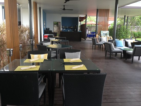 Amari Hua Hin: Shoreline beach bar