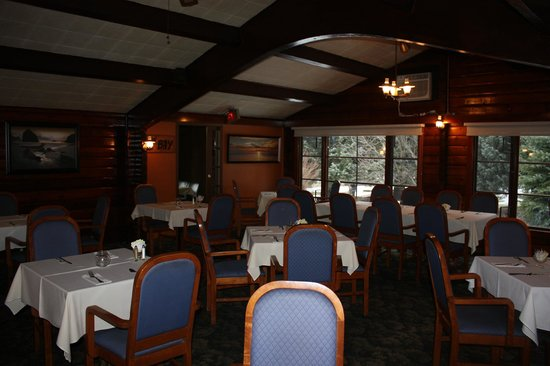 The Chalet Motel: the chalet restaurant dining