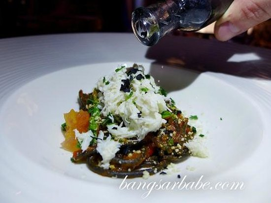 Jala Restaurant: Crab and black pasta