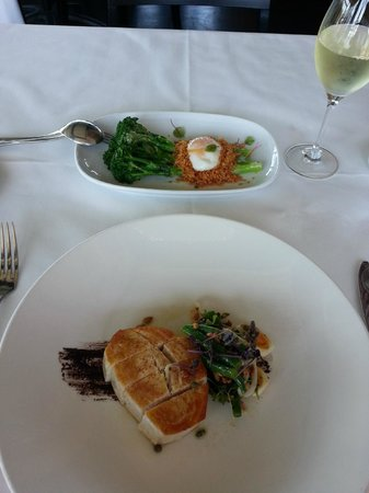 The Boathouse on Blackwattle Bay: Butterfish main with side of greens.