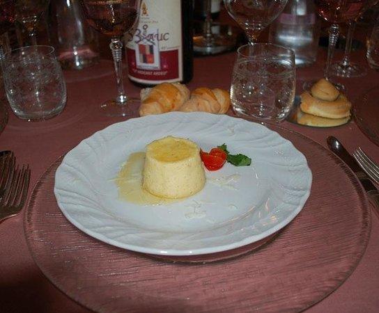 Ristorante Tonino: Flan di pecorino con miele di acacia