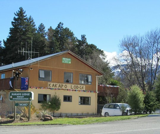 Kakapo Lodge YHA