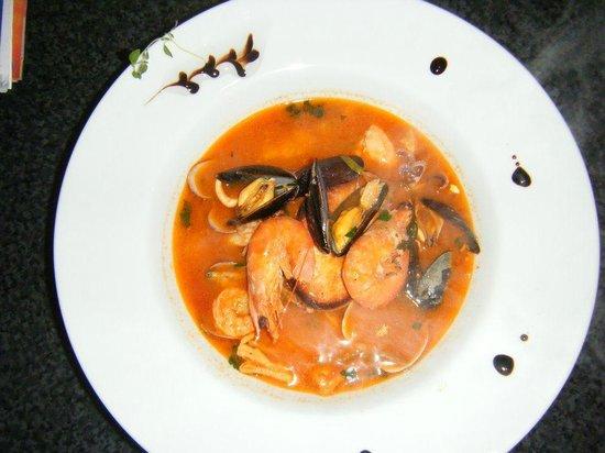 Pizzeria Pinocchio: Zuppa di pesce
