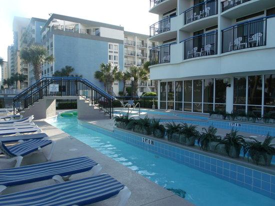 Boardwalk Beach Resort: Lazy river and hot tub