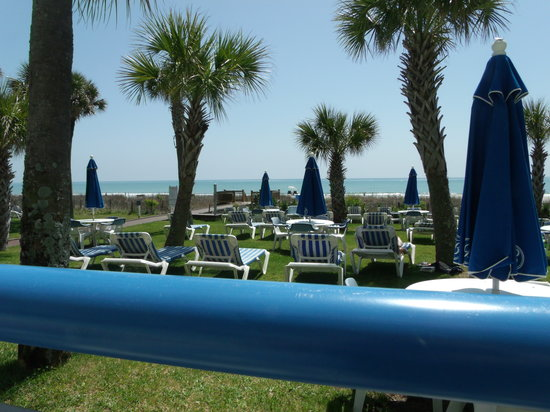 Boardwalk Beach Resort: The picnic area