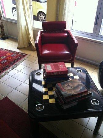 Hotel Villa Nina: Communal Lounge