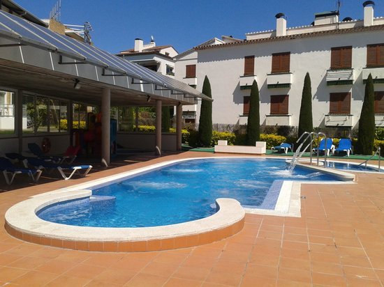 Hotel Port Bo: pool area