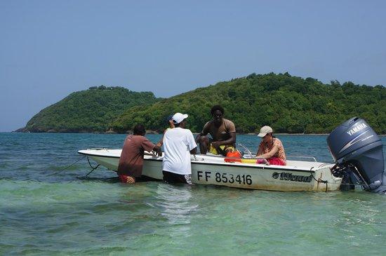 Fleurdo Eco-Excursion: guide et bateau accompagnateur