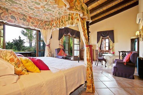 Can Furios Hotel: Bridal suite cana joana