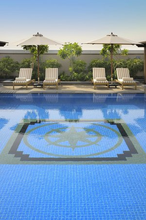 Ramada Jumeirah: A different angle of The Pool