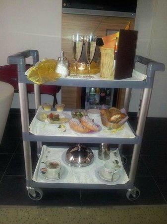 Parkhotel Reibener-Hof: Frühstück aufs Zimmer