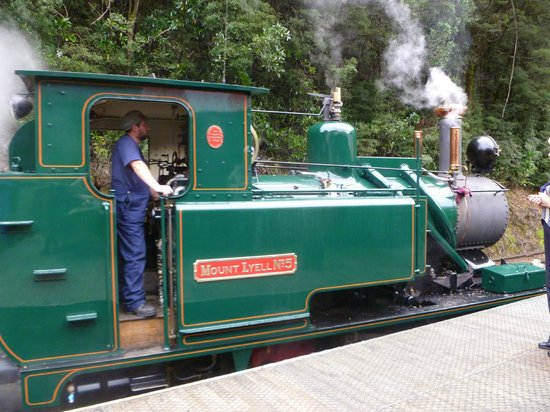 West Coast Wilderness Railway: Steam Engine