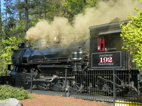 Steam Train Picture Of Dollywood Pigeon Forge Tripadvisor
