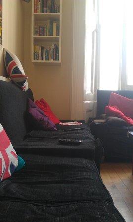 Astor Victoria Hostel : Netflix room 1