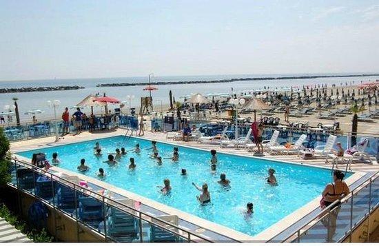 Hotel Bikini Tropicana