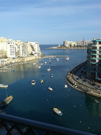 Hotel Juliani: View over Spinola Bay from our bedroom balcony.